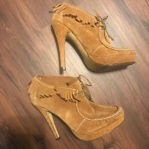 Charles david Fringe Moccasin heels